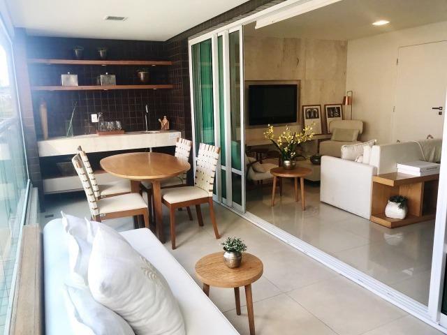 Apartamento à Venda no Guararapes com 3 Suítes 3 Vagas de Garagem (RG) TR13970 - Foto 6