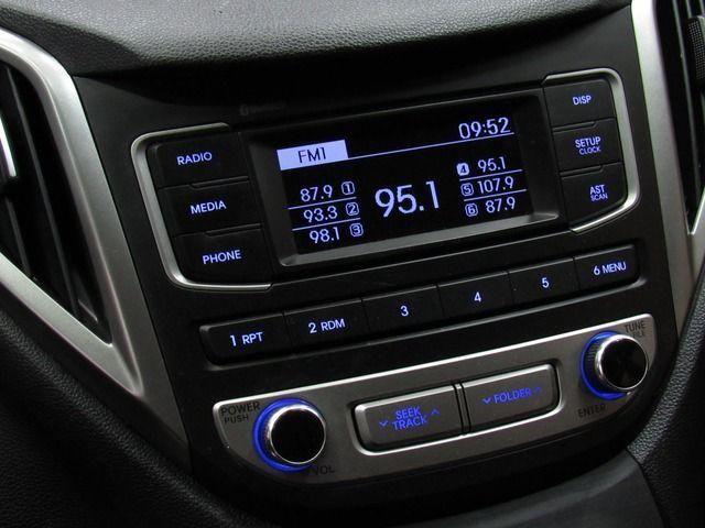 HB20S C.Style/C.Plus1.6 Flex 16V Aut. 4p - Foto 12
