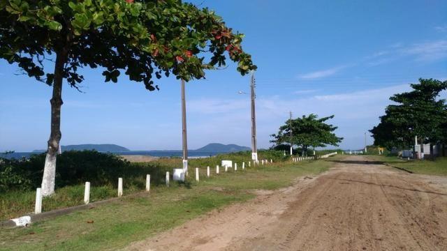 Terreno Frente pro mar em Itapoá para construir,menor preço na beira mar de toda Itapoá - Foto 2