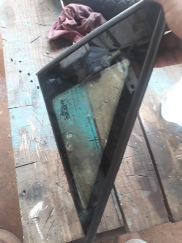 Vidro lateral omega o par tenho também o vidro traseiro e das portas