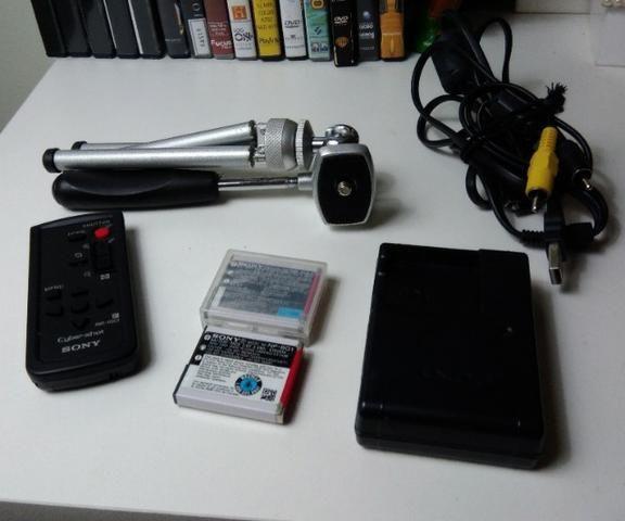 Sony Cyber Shot - DSC - H50- (com acessório extras) Oportunidade - Foto 3