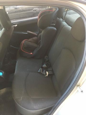 Peugeot 207 XS Aut GNV 5ª G 16m3 Muito Novo de Mulher - Foto 12