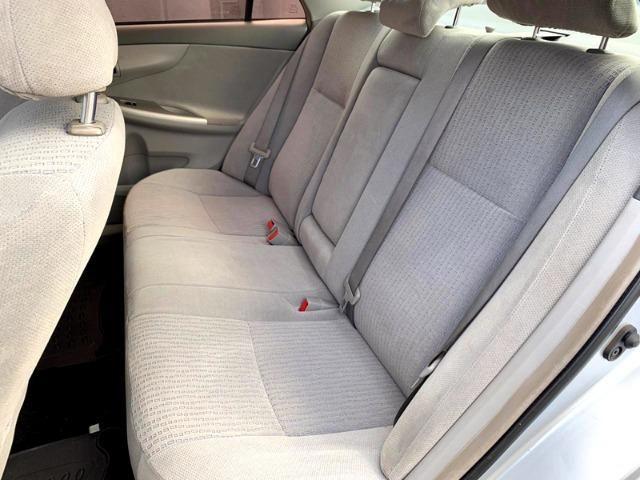 Toyota Corolla 1.8 GLi 10/10 Mecânico Completão, Só de Brasília, Chave Reserva e Manual - Foto 11