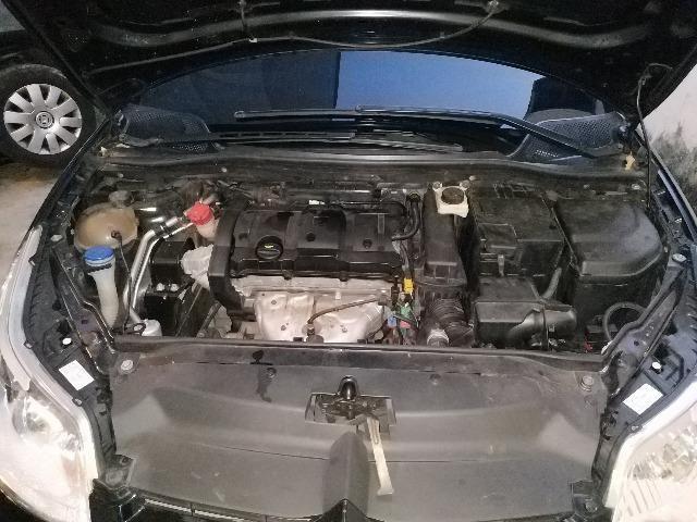 Citroen C4 hatch GLX, motor 1.6 16V, 2011, câmbio manual - Foto 11