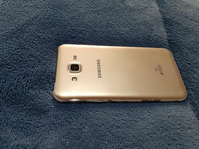 Vendo celular Samsung J7 dourado usado - Foto 3