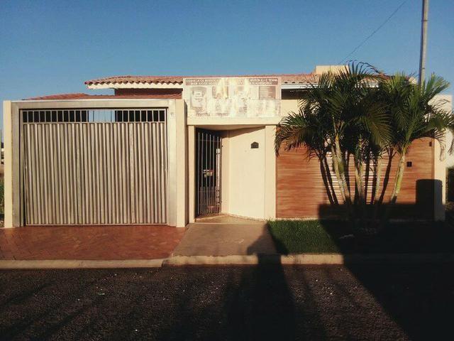 Vendo linda casa em Naviraí em ótima localização - Foto 7