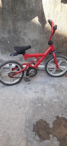 Bicicleta infantil  R$ 75