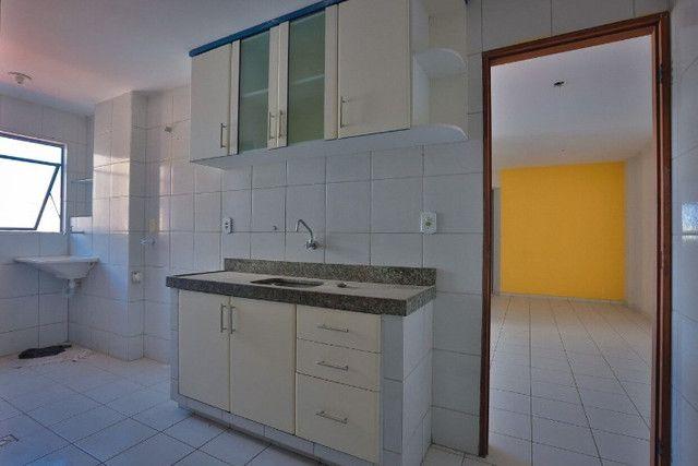 Apartamento com excelente localização no Bairro dos Bancários - Foto 4