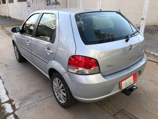 Fiat Palio Attractive Completo 1.0 Flex 4 Portas Prata 2007/08 - Foto 6