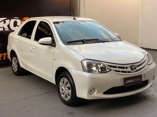 Toyota ETIOS X Sedan 1.5 Flex 16V 4p Mec. 2017 Flex