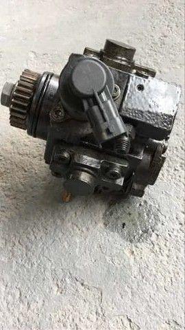 Bomba de alta pressão Renault Master 2.3 16v - Foto 4