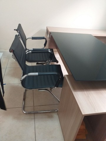 Mesa de consultório médico  - Foto 5