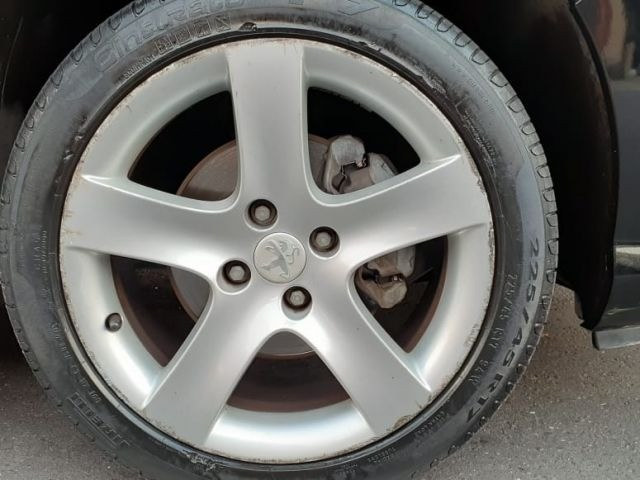 06-Peugeot 408 Feline 2.0 16V 2012 - Foto 4