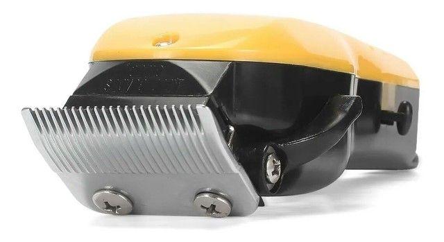 Máquina De Cortar Cabelo Knup Qr-8918 - Foto 4