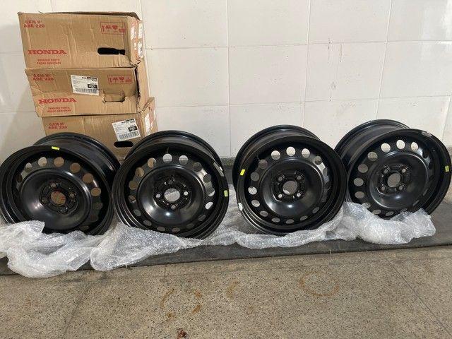 Jogo de rodas de ferro (4un) Honda City aro 15 originais novas 600 reais