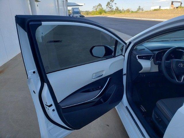 Corolla Altis Premium Hybrid 2022, 3.000km, Teto Solar, Flex e Elétrico - Foto 18
