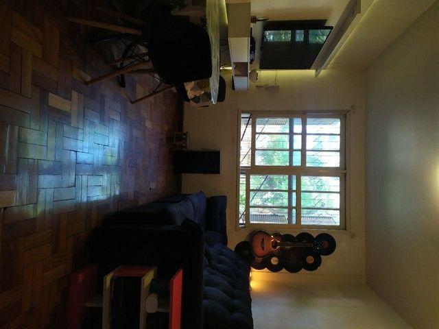 Apto 2 quartos grande e garagem - Foto 6