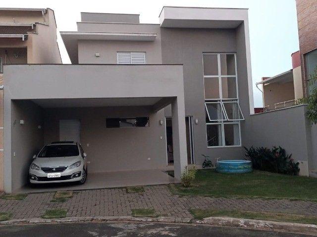 Casa  (sobrado) de 189m2 no condominio Aguas Claras