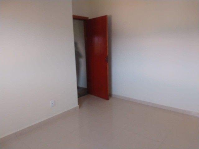 Casa Recém Construída - 3 Dormitórios - Bairro Lagoa Seca. - Foto 4