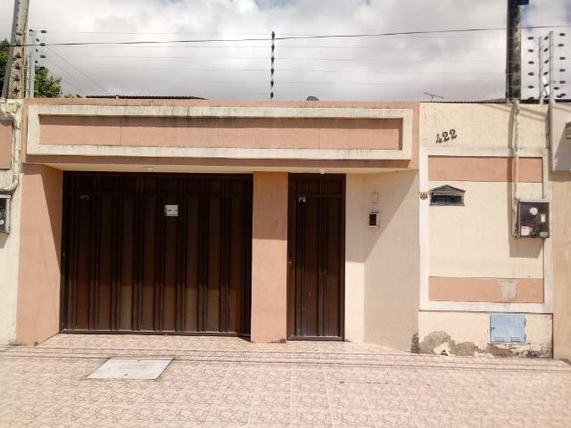 CA0090 - Casa 165m², 3 Suítes, 4 Vagas, Cidade dos Funcionários, Fortaleza