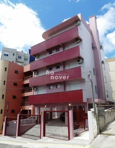 Apto Próx. Clube Dores, 2 Dormitórios, Garagem, Elevador, Sacada, Churrasqueira