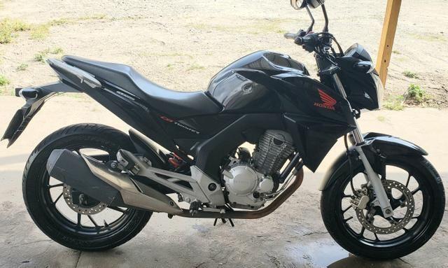 CB 250cc Twister - MUITO Nova
