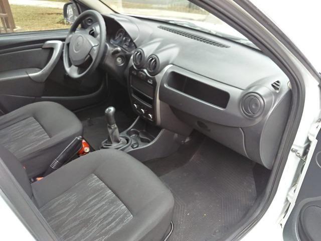 Sandero 2013 expression 1.0,impecável,90mkm,pneus novos,manual e chave copia - Foto 7