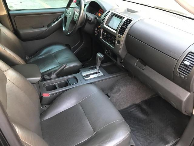 Nissan Frontier 2.5 LE AT 4X4 2013 - Foto 9