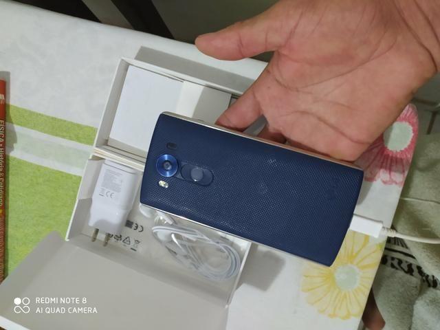 Vendo celular LG - Foto 2