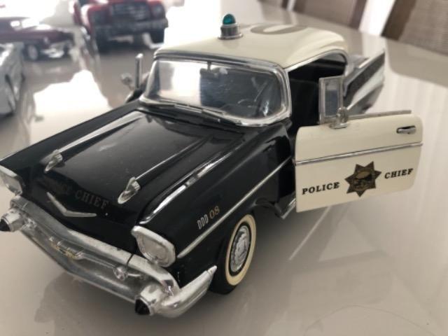Miniaturas carros em metal 1:24 - Foto 4