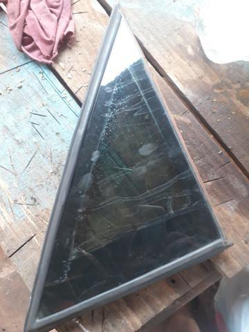 Vidro lateral omega o par tenho também o vidro traseiro e das portas - Foto 3