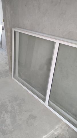 Evendo uma porta de vidro duas folhas completa valor 1.500 aceita cartão - Foto 2