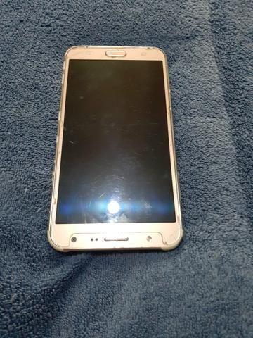 Vendo celular Samsung J7 dourado usado - Foto 2