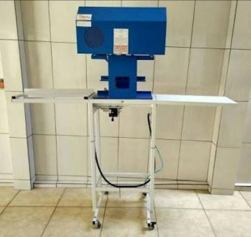 Vendo ou troco maquina automática fazer chinelos compacta print