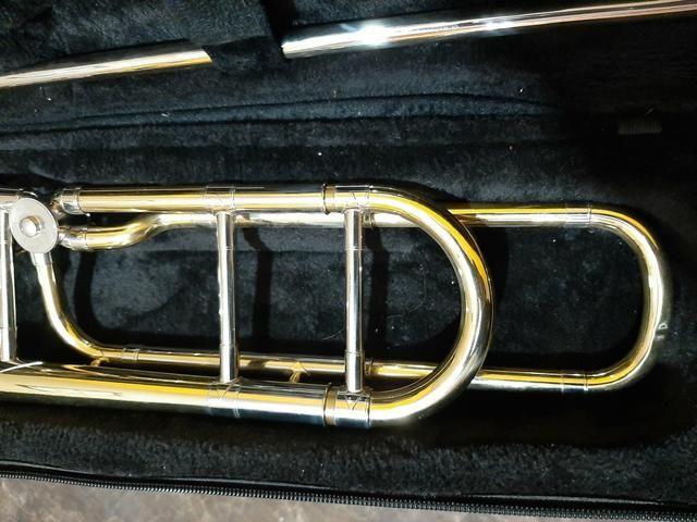 Urgente, Torro, trompete e trombone - Foto 3