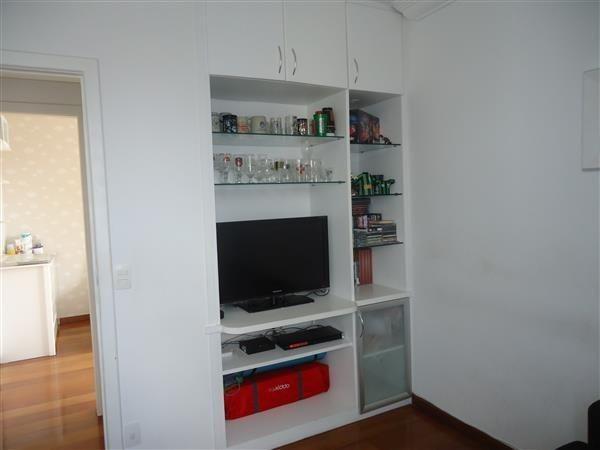 Ótimo Apartamento 3 quartos, prédio revestido, elevador,2 vagas - B.Buritis - Foto 12