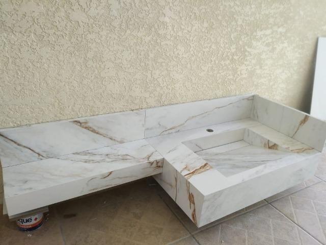 Pias de porcelanatos, bancadas e Lavatórios - Foto 4