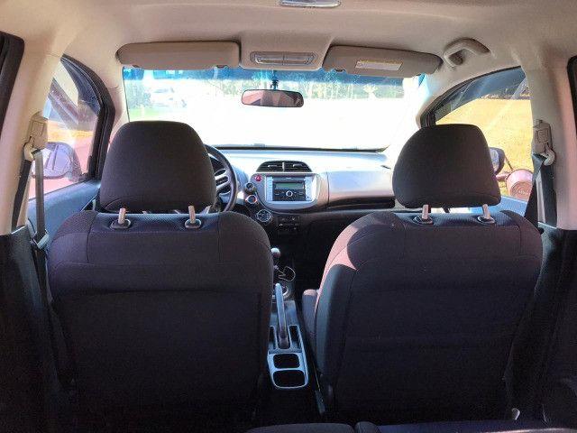 Honda FIT 1.4 LX 8V - 2014 / Impecável / Abaixo da FIPE / Manual, chave reserva, top - Foto 14