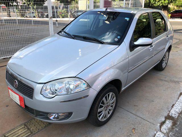 Fiat Palio Attractive Completo 1.0 Flex 4 Portas Prata 2007/08