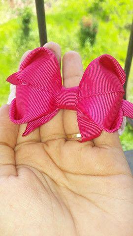 Laços de fitas na meia de ceda para bebês - Foto 6