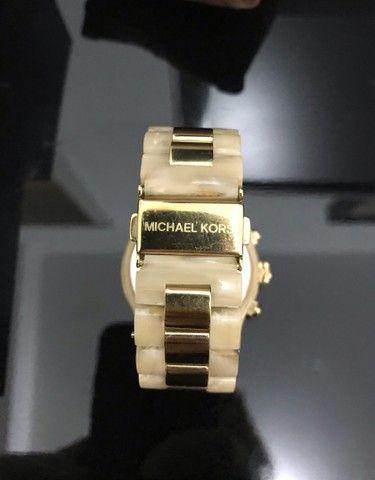 Relógio Michael Kors MK5139 Feminino Madreperola Original - Foto 4