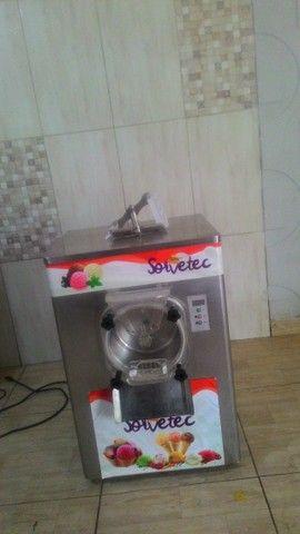 Vendo uma máquina de sorvete de massa e outra de picolé semi nova - Foto 5
