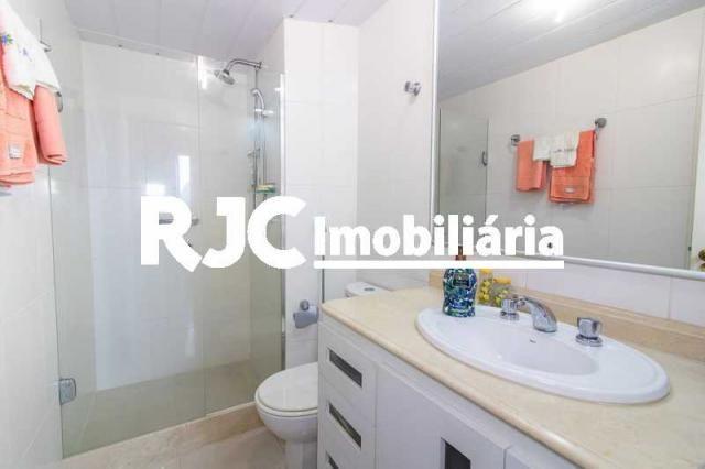 Apartamento à venda com 3 dormitórios em Laranjeiras, Rio de janeiro cod:MBAP33323 - Foto 12