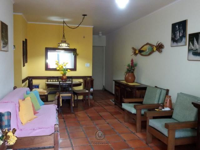Centro de Torres, 2 dormitórios com dependência - Foto 4