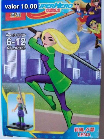Super heroínas blocos de montar Similar ao lego  - Foto 2
