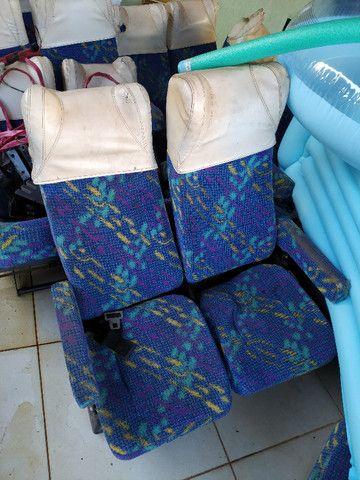 Vendo 8 Janelas, 24 poltronas de micro onibus - Foto 5