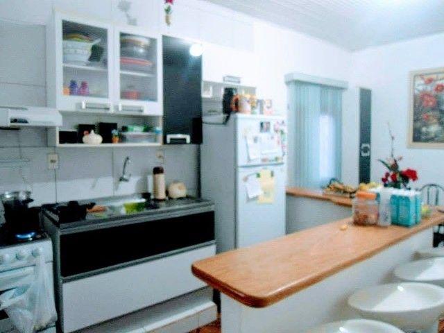 Casa com sala comercial - Foto 2
