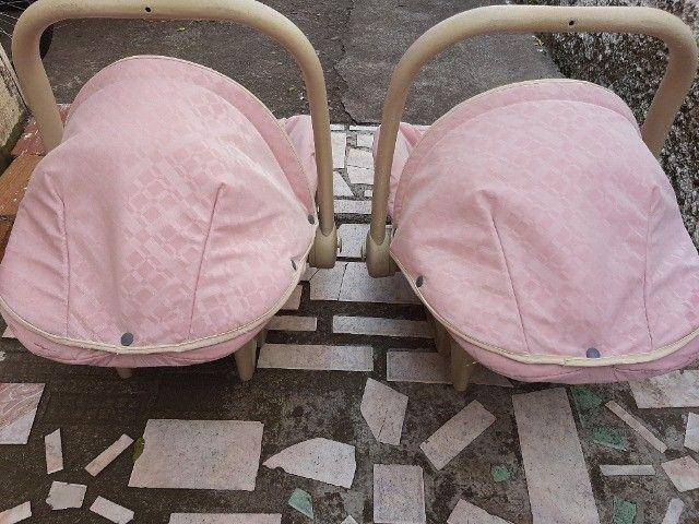 Bebê conforto Burigotto Usado 2 por R$150,00 ou 1 por R$100,00. - Foto 2