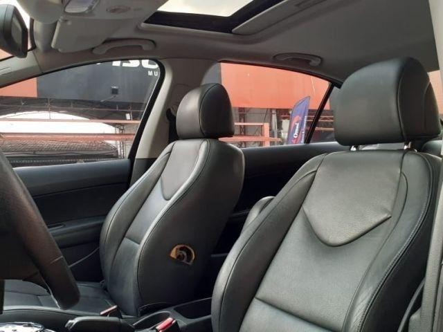 06-Peugeot 408 Feline 2.0 16V 2012 - Foto 6