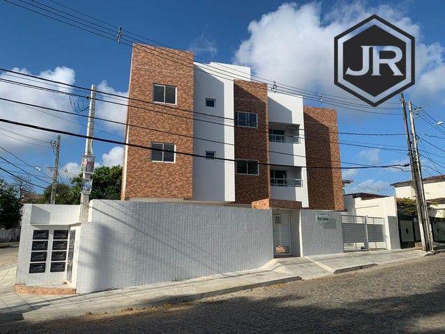 Apartamento em Mangabeira / próx. a praça do Coqueiral